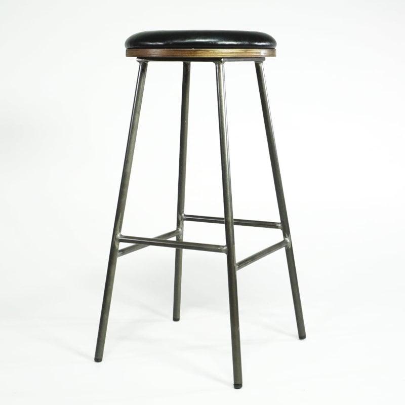 Industrial Design Barhocker schwarzer Sitz gepolstert