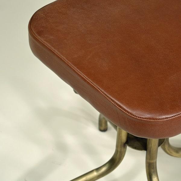 Drehstuhl Ledersitz gepolstert Vintage