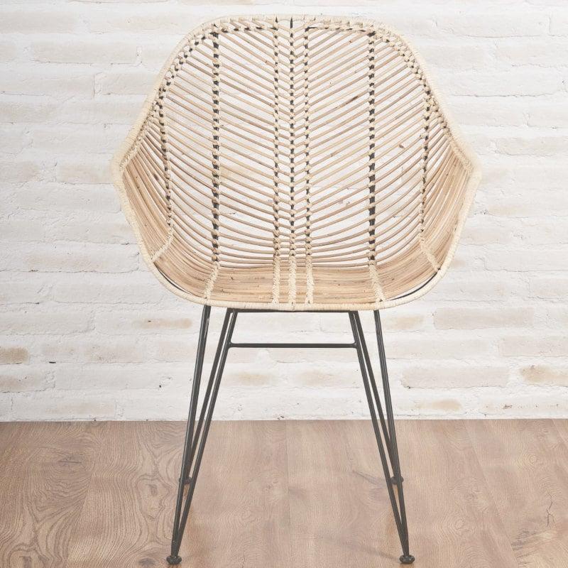 Moderner Rattan-Stuhl mit Armlehnen