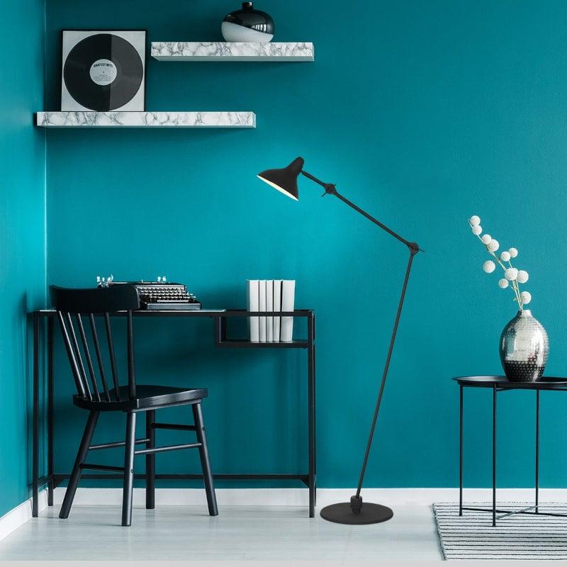 Vintage Stehlampe schwarz Ambiete Interior Design