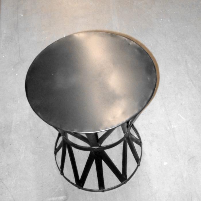 Metall-Beistelltisch rund Vintage