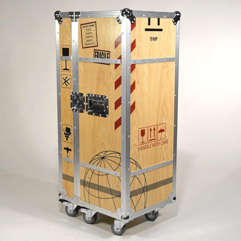 Flugzeugtrolley Wein-Motiv