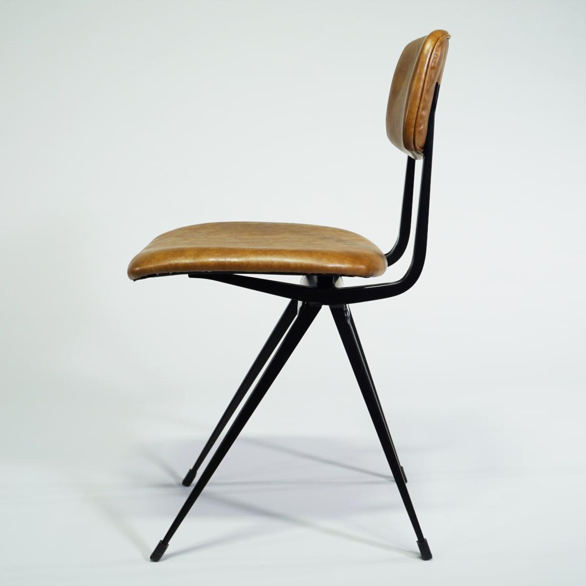 Seitansicht Stuhl Vintage braun