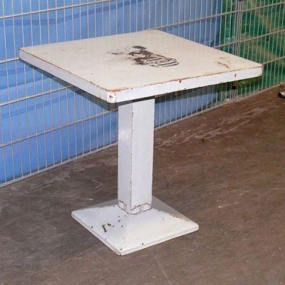 Tolix Original Brasserie Tisch alt